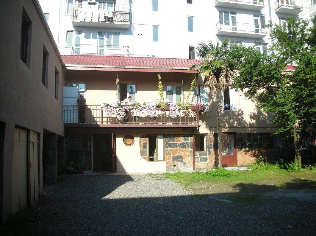 cortile-del-dormitorio Batumi
